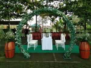 dekorasi pernikahan outdoor